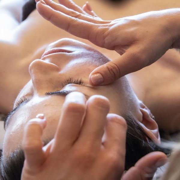 KOBIDO - japońska liftingująca terapia manualna twarzy